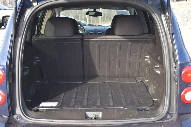 2011 Chevrolet HHR LS Naugatuck, Connecticut 5