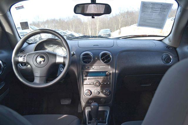 2011 Chevrolet HHR LS Naugatuck, Connecticut 7
