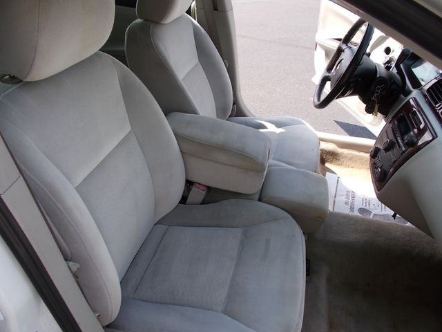 2011 Chevrolet Impala LT Retail Shelbyville, TN 18