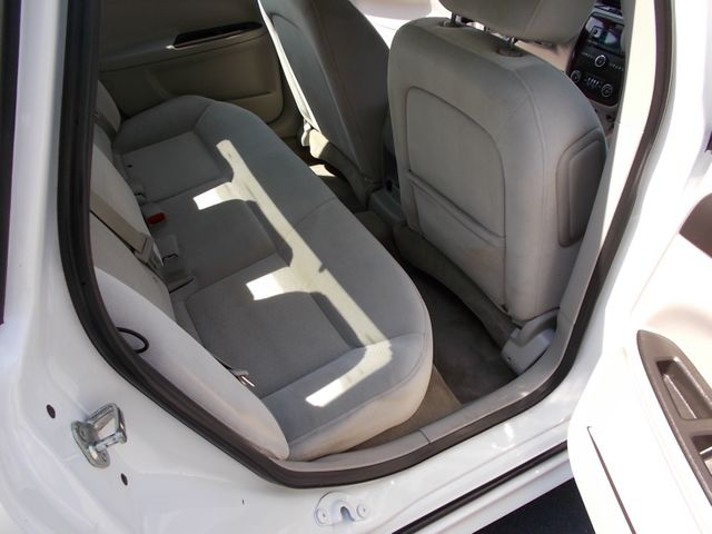 2011 Chevrolet Impala LT Retail Shelbyville, TN 20