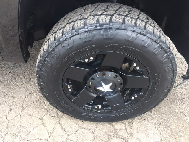 2011 Chevrolet Silverado 1500 LT in Boerne, Texas 78006