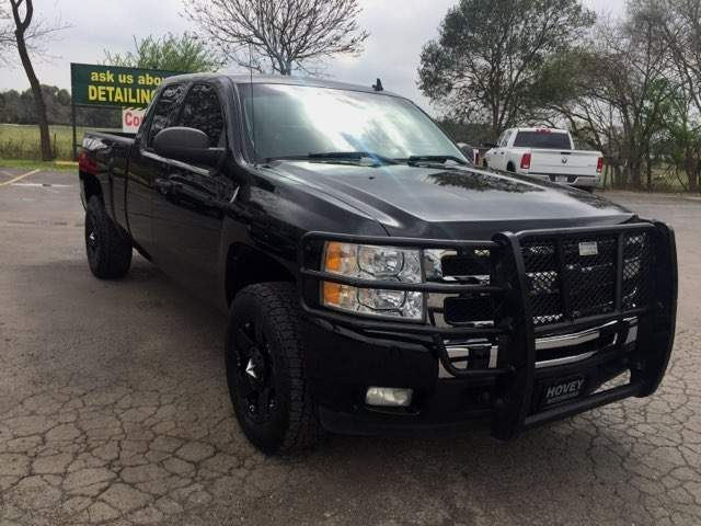 2011 Chevrolet Silverado 1500 LT in Boerne, Texas 78006