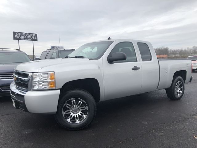 2011 Chevrolet Silverado 1500 LT 4x4 V8 Extended Cab We Finance | Canton, Ohio | Ohio Auto Warehouse LLC in Canton Ohio
