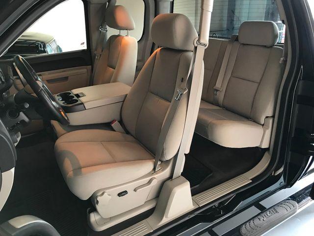 2011 Chevrolet Silverado 1500 LT Extended Cab in Jacksonville , FL 32246