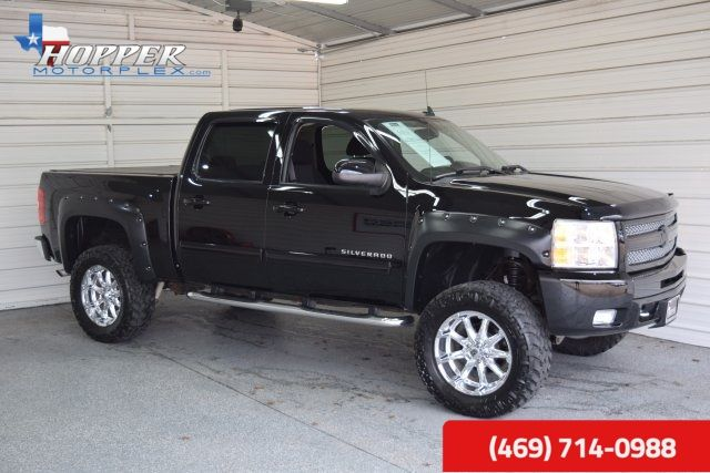2011 Chevrolet Silverado 1500 LT LIFTED HLL