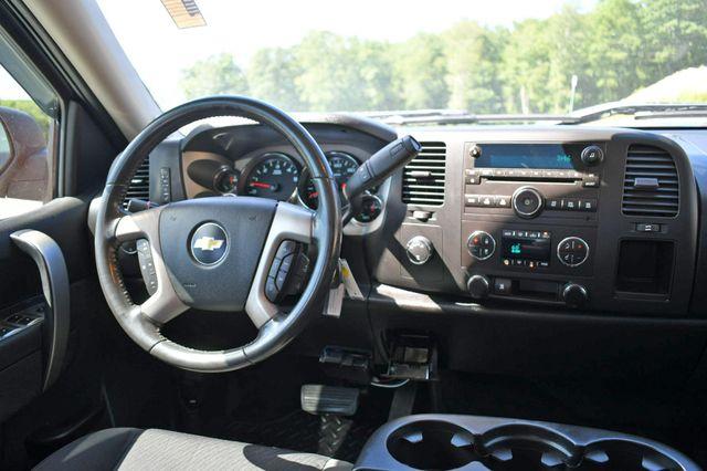 2011 Chevrolet Silverado 1500 LT 4WD Naugatuck, Connecticut 16