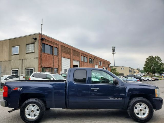 2011 Chevrolet Silverado 1500 LT in Sterling, VA 20166