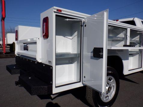 2011 Chevrolet Silverado 2500HD Regular Cab 4x4 with New 8' Knapheide Utility Bed in Ephrata, PA