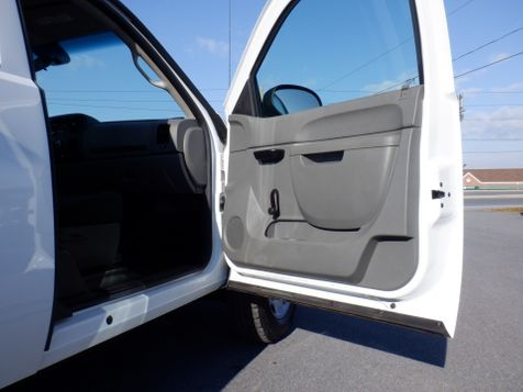 2011 Chevrolet Silverado 2500HD Extended Cab 4x4 with New 8' Knapheide Utility Bed in Ephrata, PA