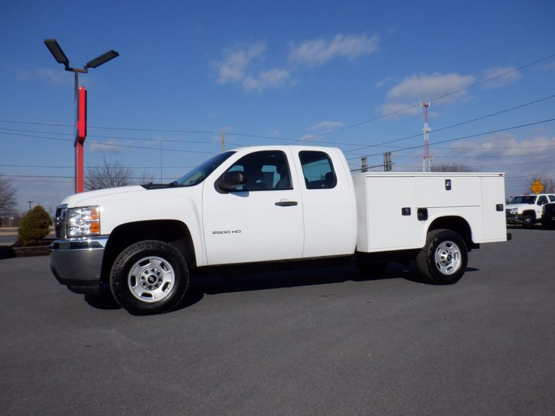 2011 Chevrolet Silverado 2500HD Extended Cab 4x4 with New 8' Knapheide Utility Bed in Ephrata PA