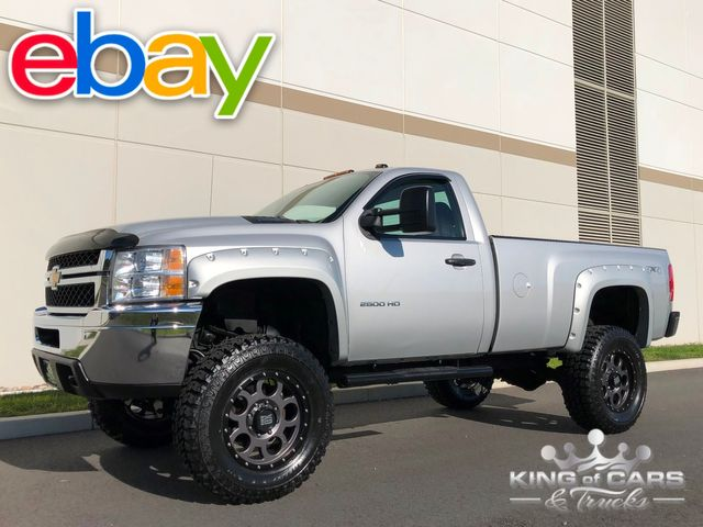 2011 Chevrolet Silverado 2500hd LIFTED 4X4 6.0L V8 78K MILES ONE OF A KIND