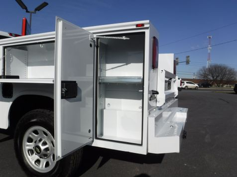 2011 Chevrolet Silverado 3500HD Crew Cab 4x4 with New 8' Knapheide Utility Bed in Ephrata, PA