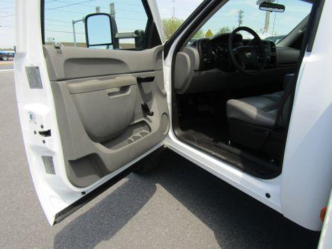 2011 Chevrolet Silverado 3500HD 9' Utility 2wd with Lift Gate in Ephrata, PA