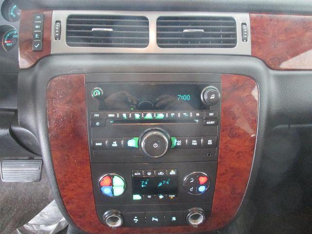 2011 Chevrolet Suburban LT Gardena, California 6
