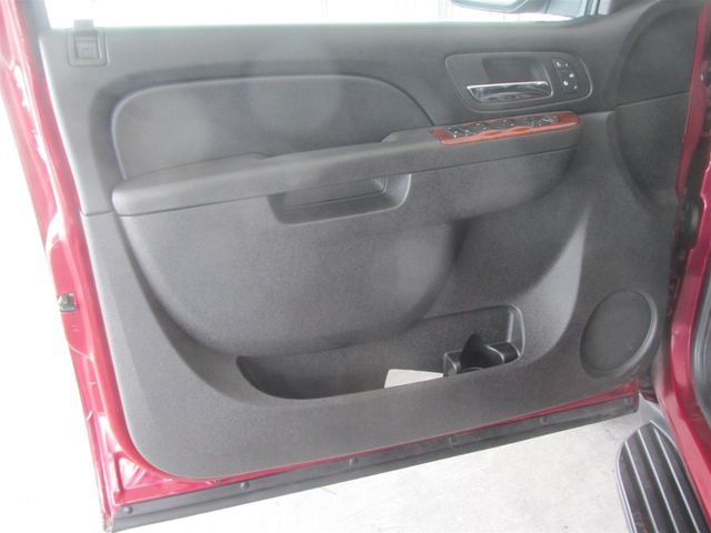 2011 Chevrolet Suburban LT Gardena, California 8