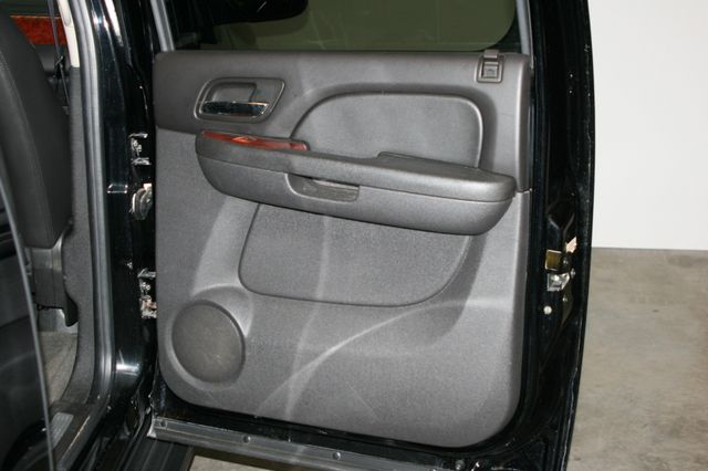 2011 Chevrolet Suburban LTZ Houston, Texas 8