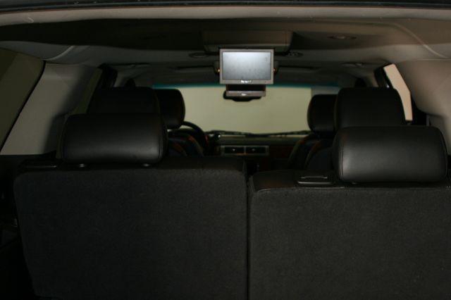 2011 Chevrolet Suburban LTZ Houston, Texas 11