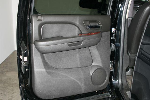 2011 Chevrolet Suburban LTZ Houston, Texas 9