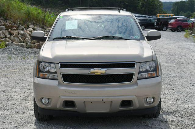 2011 Chevrolet Suburban LT 4WD Naugatuck, Connecticut 9