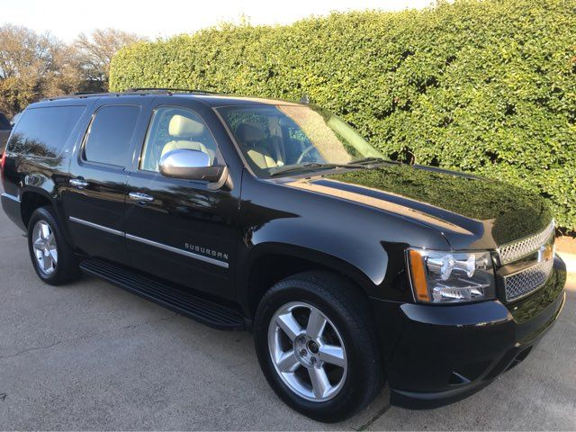 2011 Chevrolet Suburban LTZ 4WD w/Navigation, Sunroof, and Entertainment in Dallas, TX Texas, 75074