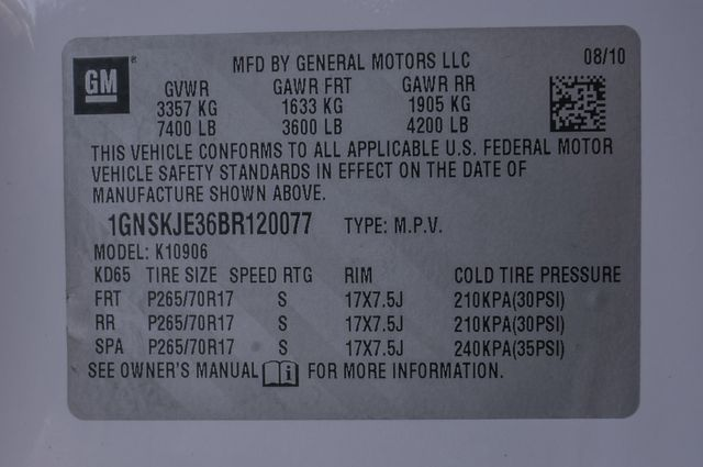 2011 Chevrolet Suburban LT in Reseda, CA, CA 91335
