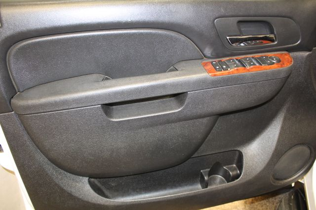 2011 Chevrolet Suburban 2500 LS in Roscoe, IL 61073