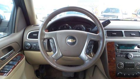 2011 Chevrolet Tahoe LT 4x4 Leather Sunroof 3rd Row V8 We Finance | Canton, Ohio | Ohio Auto Warehouse LLC in Canton, Ohio