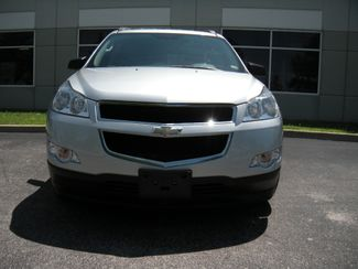 2011 Chevrolet Traverse LS Chesterfield, Missouri 7