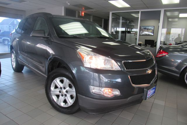 2011 Chevrolet Traverse LS Chicago, Illinois