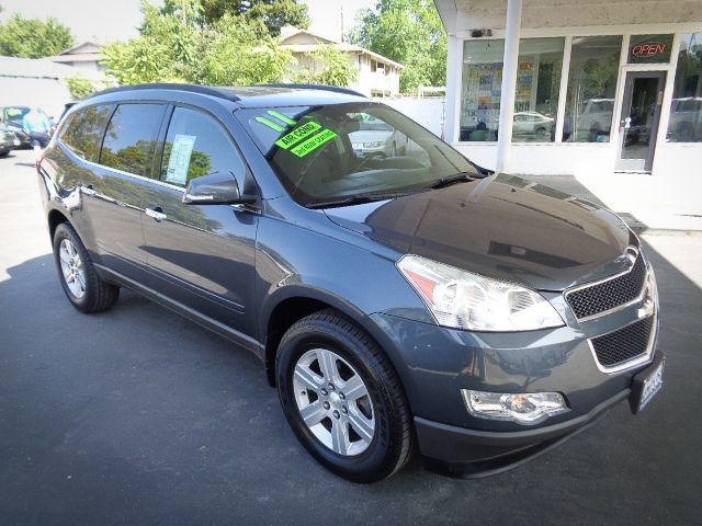 2011 Chevrolet Traverse LT w/2LT in Chico, CA 95928