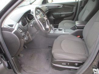 2011 Chevrolet Traverse LT w/1LT Farmington, MN 2