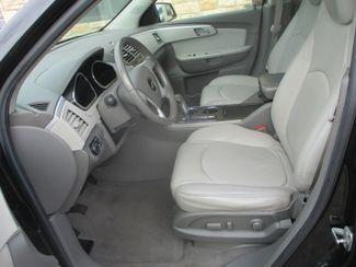 2011 Chevrolet Traverse LT w/2LT Farmington, MN 2