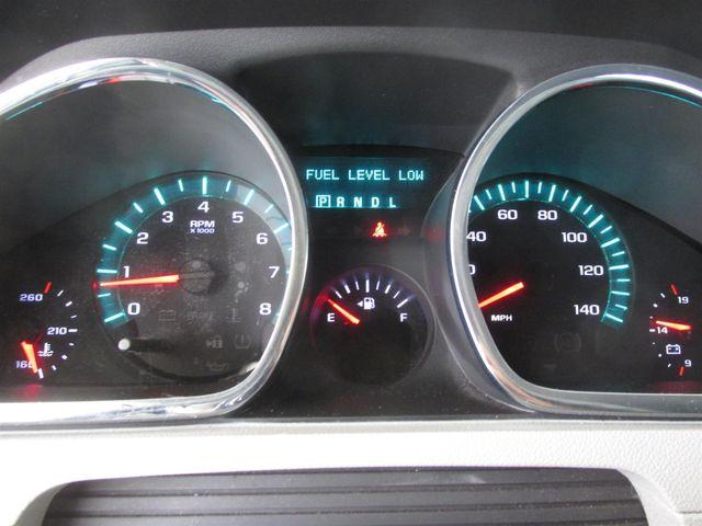 2011 Chevrolet Traverse LS Gardena, California 5