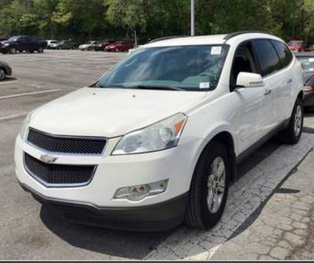 2011 Chevrolet Traverse LT w/1LT in Knoxville, Tennessee 37920