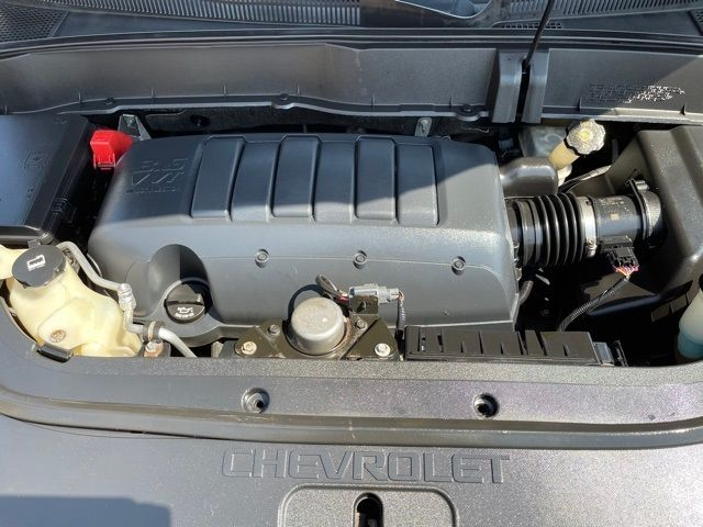 2011 Chevrolet Traverse LT in Medina, OHIO 44256
