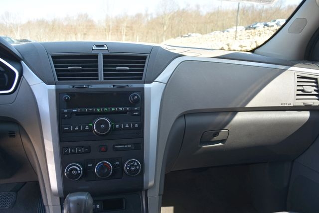 2011 Chevrolet Traverse LT Naugatuck, Connecticut 18
