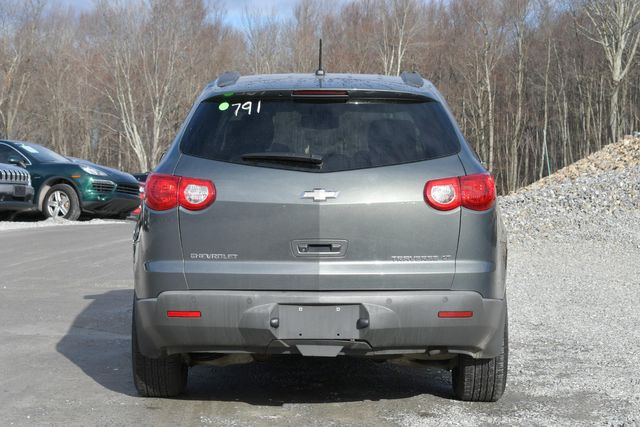 2011 Chevrolet Traverse LT Naugatuck, Connecticut 3
