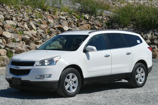 2011 Chevrolet Traverse LT w/2LT Naugatuck, Connecticut