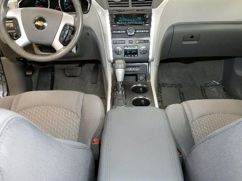 2011 Chevrolet Traverse LT w2LT  in Victoria, MN