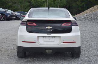 2011 Chevrolet Volt Naugatuck, Connecticut 3