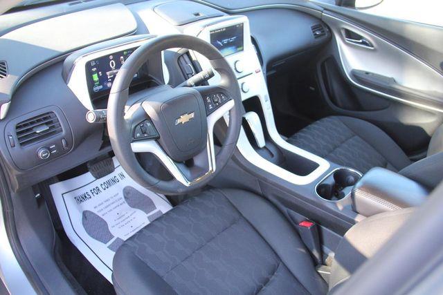 2011 Chevrolet Volt Santa Clarita, CA 8