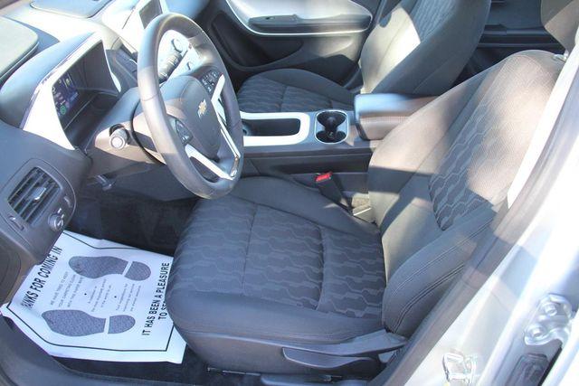 2011 Chevrolet Volt Santa Clarita, CA 13