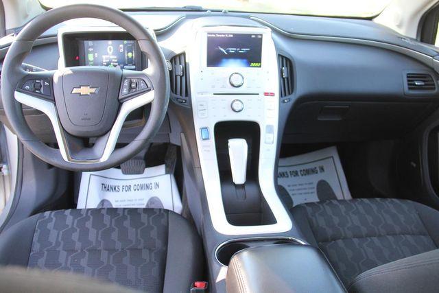 2011 Chevrolet Volt Santa Clarita, CA 7