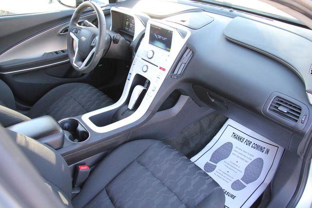 2011 Chevrolet Volt Santa Clarita, CA 9