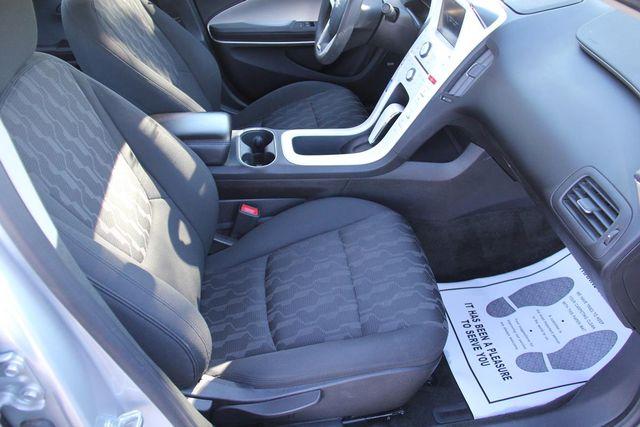 2011 Chevrolet Volt Santa Clarita, CA 16