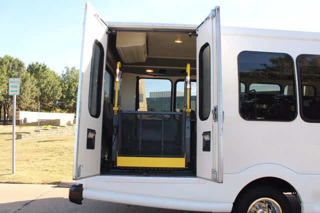 2011 Chevy Express G4500 Turtle Top 13 Passenger Shuttle Bus W/ Wheelchair Lift - Diesel Irving, Texas 42