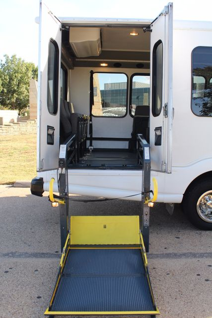 2011 Chevy Express G4500 Turtle Top 13 Passenger Shuttle Bus W/ Wheelchair Lift - Diesel Irving, Texas 46