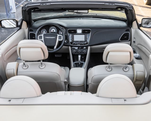 2011 Chrysler 200 Limited Burbank, CA 8