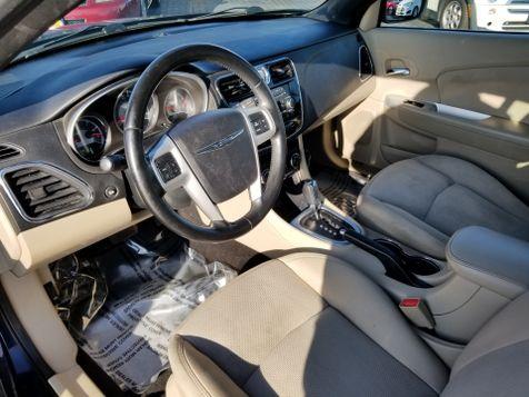 2011 Chrysler 200 Touring   Champaign, Illinois   The Auto Mall of Champaign in Champaign, Illinois