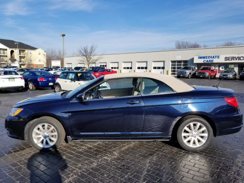 2011 Chrysler 200 Touring | Champaign, Illinois | The Auto Mall of Champaign in Champaign, Illinois